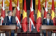 Concluye premier británico visita oficial a Vietnam