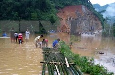 Desastres azotan provincias norteñas y centrales de Vietnam