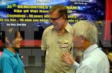 Ganador del Nobel de Física se reúne con jóvenes vietnamitas