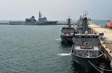 Maniobras navales conjuntas en Pacífico Occidental