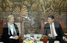 Pocos conflictos religiosos en Vietnam, valora comisionada de EE.UU.