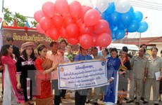 Dirigente laosiano destaca eficiencia de cooperación Hanoi- Vientiane