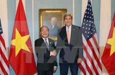 Líder parlamentario dialoga con secretario de Estado de EE.UU.