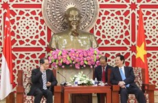 Vietnam favorecerá condiciones para inversores singapurenses