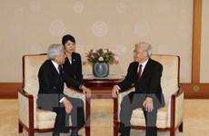 Dirigente partidista vietnamita se reúne con emperador japonés