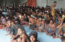 Repatría Myanmar a refugiados bangladesíes