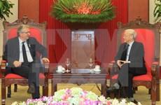 Intensifican nexos entre partidos comunistas de Vietnam y Francia