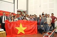 Estudiantes argentinos interesados en la historia vietnamita