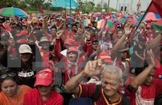 """Premier tailandés acusa a """"camisas rojas"""" de incitar desorden"""