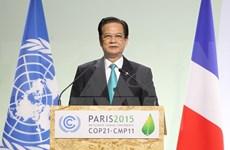 Premieres vietnamita y francés acuerdan medidas de promover nexos bilaterales