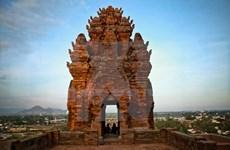 Postulan torres Cham y Festival Kate de Vietnam a reconocimiento de UNESCO