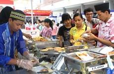 """Festival culinario """"Comunidad de ASEAN con amigos internacional"""" en Hanoi"""