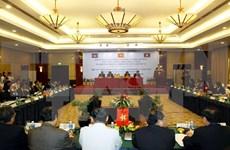 Unen manos Vietnam, Laos y Cambodia para lucha contra drogas