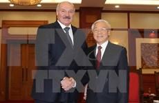Dirigentes vietnamitas reciben al presidente de Belarús