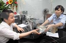 Firman contrato de mejoramiento de protección de depositantes