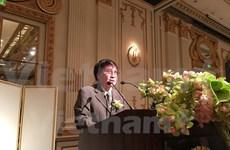 Escritor vietnamita gana premio regional