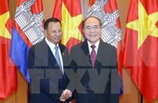 Presidente de Senado de Cambodia inicia visita a Vietnam