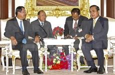 Cambodia y Tailandia acuerdan aumentar intercambio comercial bilateral
