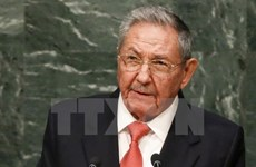 Dirigentes de Vietnam felicitan a Raúl Castro por Fiesta Nacional