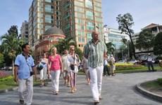 Grandes ciudades dan la bienvenida a primeros turistas extranjeros de 2016