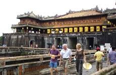 Ciudad imperial de Vietnam recibe a alud de turistas extranjeros