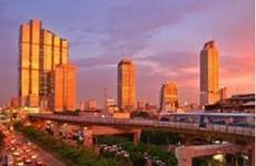 Tailandia por continuar la política de estímulo económico