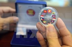 Laos recibe presidencia de ASEAN para 2016