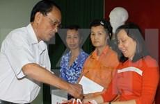 Garantizan gratificación a empleados vietnamitas en Año Nuevo Lunar 2016
