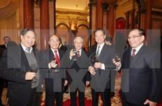 Líder partidista felicita a exdirigentes y veteranos en ocasión de Año Nuevo Lunar