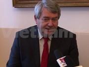 Partidos comunistas de Vietnam y República Checa fomentan relaciones bilaterales