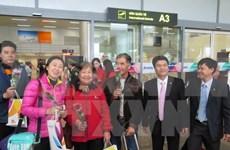 Primeros turistas extranjeros llegan a Da Nang en ocasión del Tet