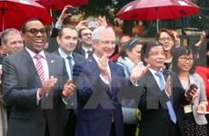 Dirigente parlamento francés participa en Festival de francofonía en Hanoi