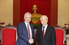 Líder partidista recibe al presidente de Asamblea Nacional de Francia