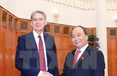 Premier vietnamita propuso apoyo británico para firmar TLC con UE