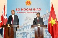 Reino Unido es socio importante de Vietnam, afirma vicepremier vietnamita
