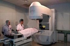 Desarrollan centro de Oncología de Cho Ray a nivel avanzado