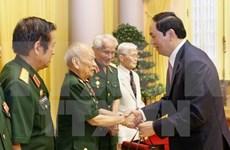 Presidente vietnamita aprecia aportes de excombatientes voluntarios en Laos