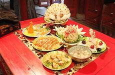 Nutrida participación en simposio sobre cocina real y folklórica de Hue