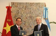 Vietnam y Argentina promueven relaciones bilaterales