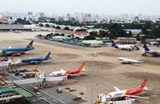 Rápido crecimiento crea presiones sobre sector aéreo de Vietnam
