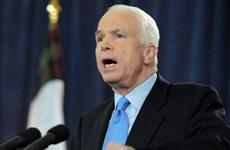 John McCain exalta vínculos EE.UU.- Vietnam