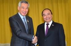Premier vietnamita dialoga con líderes de ASEAN en Sochi