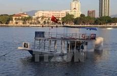 Premier dirige labores de búsqueda de desaparecidos en naufragio en Da Nang