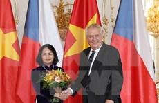 Vietnam da la bienvenida a los inversores checos, dice vicepresidenta