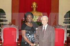 Recibe secretario general de PCV a vicepresidenta de Banco Mundial