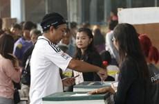 Mayoría de los tailandeses indecisos de participar en referendo, según encuesta