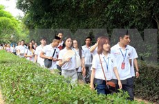 Jóvenes residentes en el exterior regresarán a Vietnam para campamento veraniego