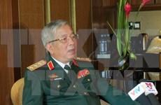 Viceministro de Defensa vietnamita recibe a agregados militares japoneses