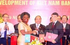 Otorgan Orden de Amistad a exdirectora del BM en Vietnam