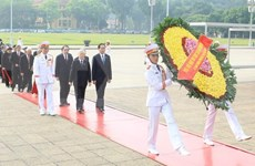 Líderes de Partido y Estado rinden homenaje a los mártires de la Patria